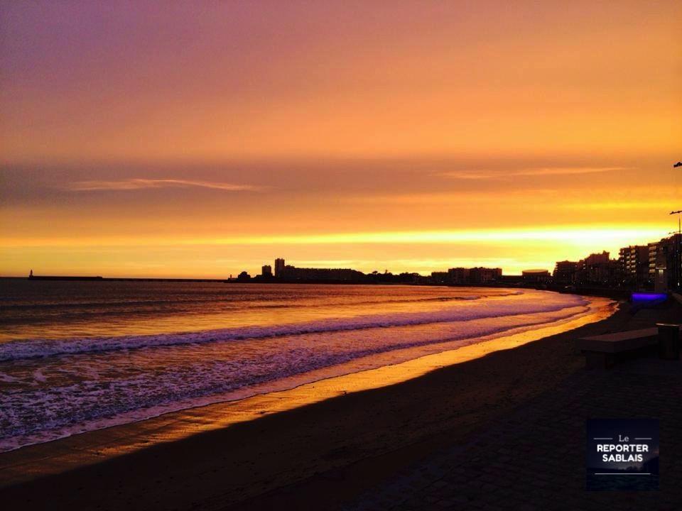 Coucher de soleil aux Sables d'Olonne - ©Le Reporter sablais