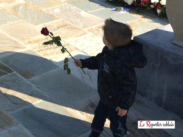 Xynthia - L'enfant à la rose